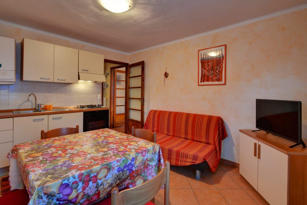 Bilocale secondo piano Villa Rosanna