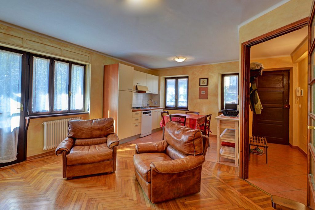 Trilocale primo piano Villa Rosanna